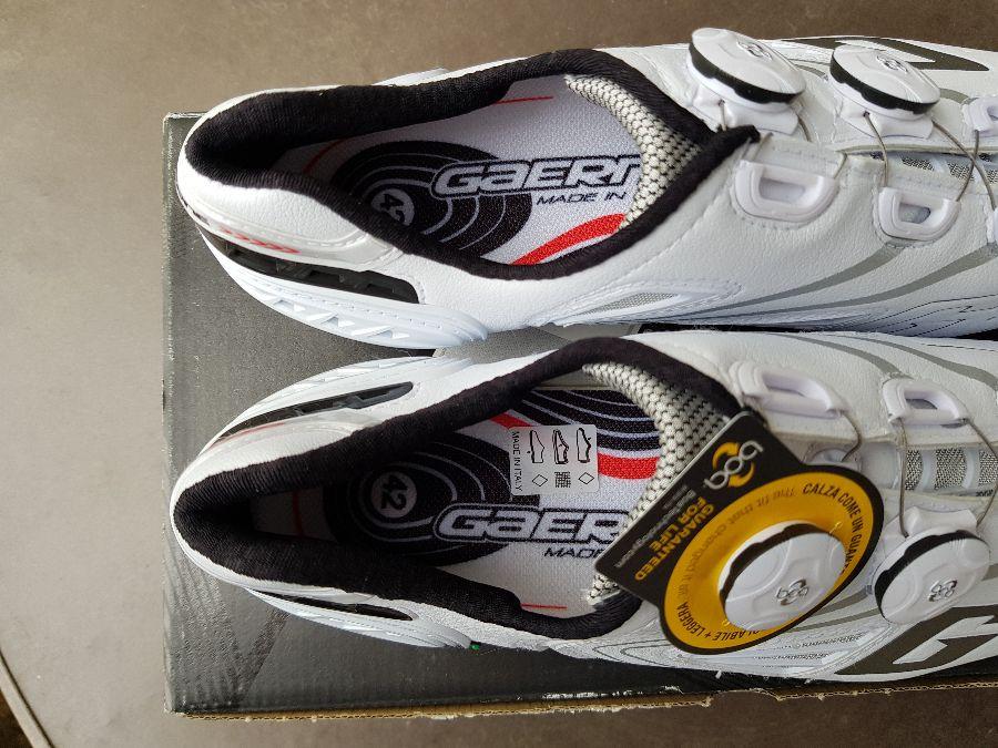 5. Kép: ÚJ Gaerne damilos Carbon talpú országúti cipő