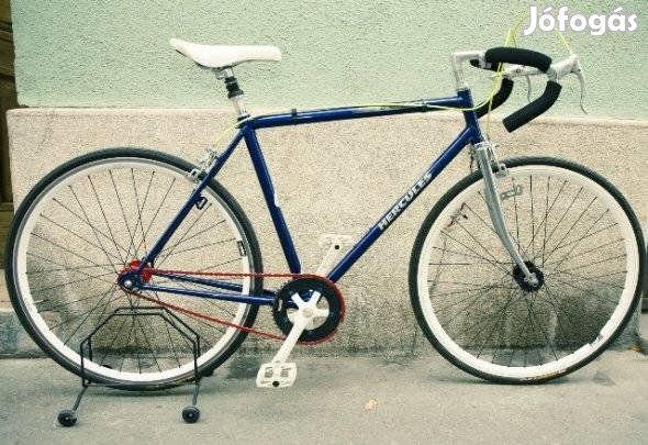 4. Kép: Csepel+más vázra összeállított Fixi biciklik